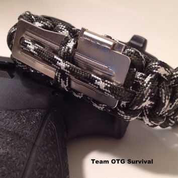 Survival Bracelet Tactical Multifunction 550 by TeamOTGsurvival