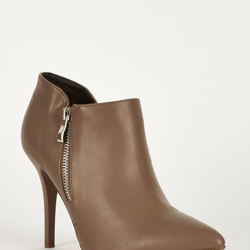Stretch Panel Pointed Toe Faux Leather Boots
