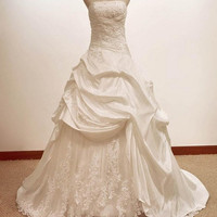 Vintage Ball gown  A LINE satin/Lace Wedding Dress Bridal Gown