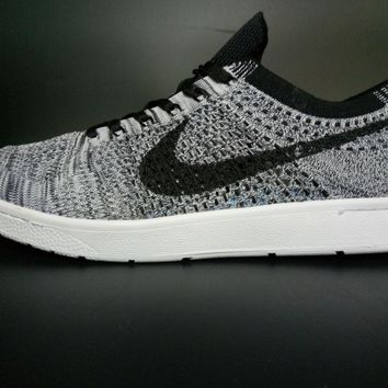 NIKE Flyknit Racer Skate shoes