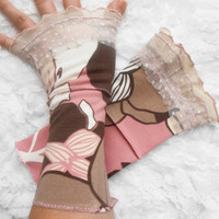 Pink gloves, pink brown gloves, graduation gift, gloves Victorian Gothic gloves, powder pink gloves, wrist ornament wrapping Powder