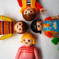 Vintage Toy Playmobil Figures Set of 4 Girl Boy Used Clean 2 Inch Size 1992 1995 Geobra Pretend Play Craft Supply