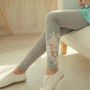 2017 Fashion Summer Slim Women Cotton Thin Section Knitted Leggings Hollow Lace Flower Sexy Leggins Deportes Mid Waist Trouses