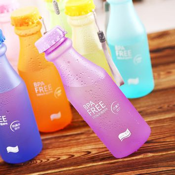 High Quality Frosted Cup Portable Leak-proof Bike Sports Unbreakable 550ml Plastic Water Bottles Free Shipping Storage bottle