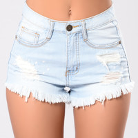 Mama Please Shorts - Light Wash