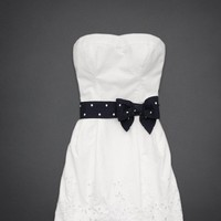 Lovely White Sheath/Column Scoop Neckline Mini Prom Dress with Bowknot from SinoSpecial