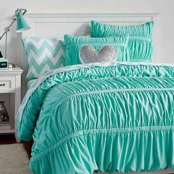 Pucker Up Comforter, XL Twin, Pool