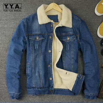 Winter New Fashion Retro Mens Fur Lining Jean Jackets Male Fleece Jacket Single-breasted Denim Coat Button Outwear Size M-2xl