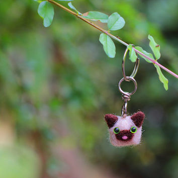 Siamese Cat Keychain, Cat Keychain, Cat Keyring, Felt Keychain, Felt Keyring, Felt Kitty, Cat Accessories, Cute Cat, Cute Keychain, Tiny Cat