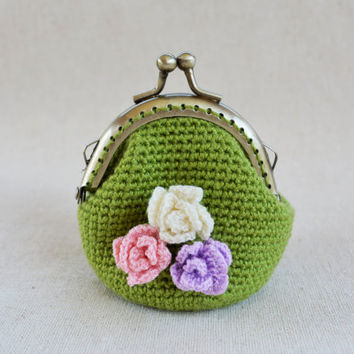 Olive-Green Pouch / Frame Bag / Frame Purse with Pastel Roses.