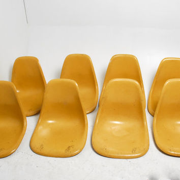 Set of 8 Light Ochre Eames Herman Miller Fiberglass Shell Chairs