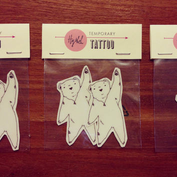 Flying bear wearing diamond necklace illustration // Temporary tattoo