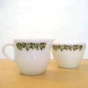 vintage 60s PYREX / Crazy Daisy Creamer Sugar Bowl Set / Collectible Milk Glass