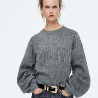 BEADED FRING SWEATERDETAILS