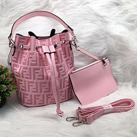 Fendi tide brand retro women's shoulder bucket bag Messenger bag Pink