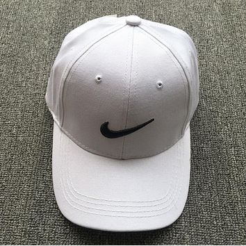 Nike Popular Women Men Logo Embroidery Hip-Hop Baseball Cap Hat Sport Sunhat Cap White