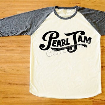 Pearl Jam T-Shirt Hard Rock T-Shirt Raglan Tee Long Sleeve Tee Shirt Women T-Shirt Men T-Shirt Unisex Tee Shirt Baseball Tee Shirt S,M,L