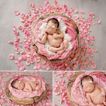 Newborn photography accessories 300Pcs Fabric Rose Petal Baby Photo Props