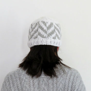 Chevron Beanie Chunky Hat Knitted Beanie Chevron Pattern Knit Hat Womens Fair Isle Beanie Winter Hat Fall Fashion Grey White Hat