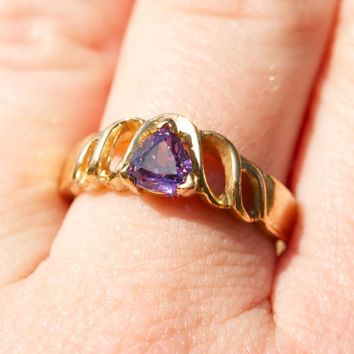 Gold Tone Purple Gem Stone Size 9 Ring by TwiceBakedVintage