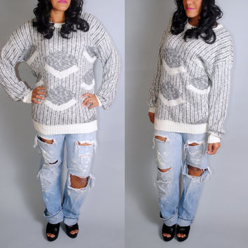 Vintage 1980s 90s Graphic Print white silver gray geometric long sleeve oversize oversized sweater