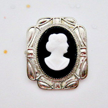 Art Deco Cameo Vintage Pin Brooch - 1930s 1940s jewelry