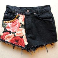 Rose Floral High Waisted Levis Shorts Gold Studded Panel Patch 26 Waist