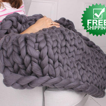 Chunky blanket, Giant yarn, Wool blanket, Knitted blanket, Bulky blanket, Blanket, Roving, Chunky yarn, Giant blanket, Wool roving, Gift