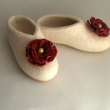 Sale Felted womens white slippers with maroon flowers. Organic wool house shoes. Size 7