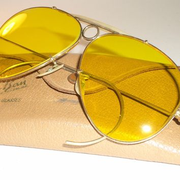 1960's VINTAGE B&L RAY BAN 1/30 10K GF KALICHROME SHOOTING AVIATOR SUNGLASSES