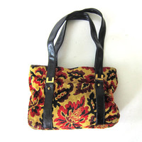 Vintage 1960s carpet bag purse. Floral chenille carpet handbag.
