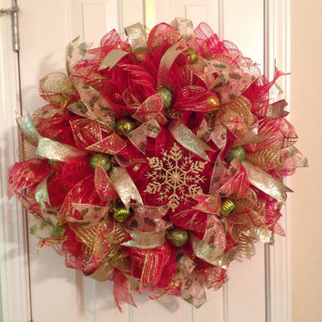 Christmas Red/Gold Snowflake Deco Mesh Wreath