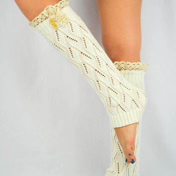 Knitted boot socks IVORY Lace leg warmers Women's legwarmers lace socks trim buttons leg warmers lace legwarmers Off White Cream Leg warmers
