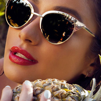 Quay x Shay Mitchell Collection Tilly Sunglasses in Gold