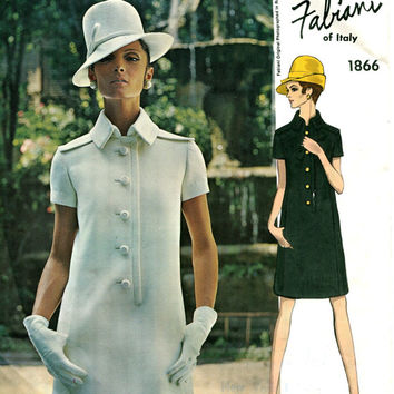 1960s MOD ALBERTO FABIANI Semi Fitted Slim Front Button Dress Collar Epaulettes Pockets Vogue 1866 Couturier Design Vintage Sewing Patterns