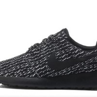 nike trending fashion knitting casual sports shoes