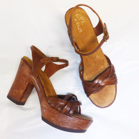Vintage 1970s Sbicca of California Platforms / Faux Wood Heels / Leather Strappy Sandals