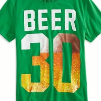 AEO Men's Beer 30 Graphic T-shirt (Leaf Green)