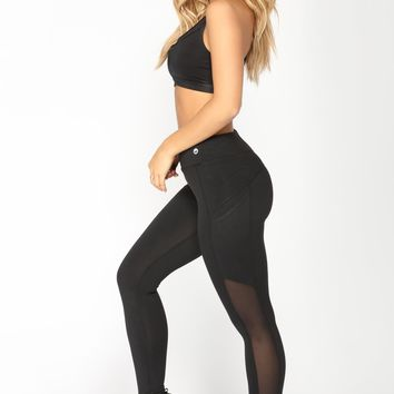 Run Faster Performance Leggings - Black