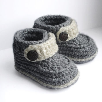 Baby Booties Crochet Pattern , Baby Boy from OneCrochetStory on