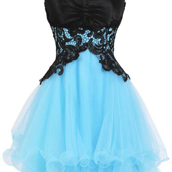 Mini A-Line Organza Sweetheart Appliques Homecoming Dress