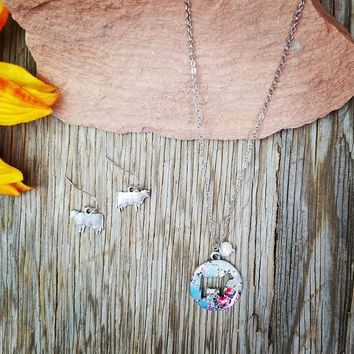 Floral Cow Disk Necklace