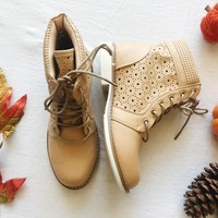 LILLY COMBAT BOOTS- BEIGE