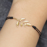 Tiny Leaves Bracelet, Gold Charm Bracelet, Personalized Bracelet, Custom bracelet