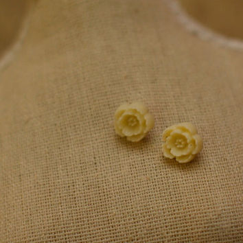 Baby Cream Flower Earrings - Tiny Cream Flower Cabochons on Gold Post Earrings