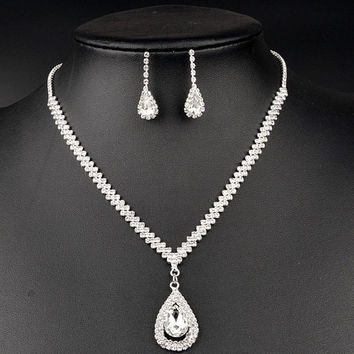 Silver Water Drop Gem and Twist Necklace and Earrings