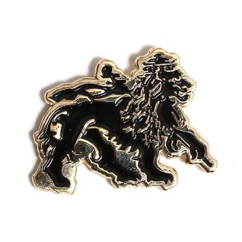 Lion Pin Black