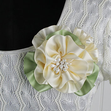 Ivory Flower Pin Wedding Sash Corsage Brooch Hand Made Millinery Bridesmaid Bridal Prom Ribbonwork Mother of the Bride Easter Corsage
