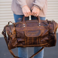Weekend Trip Leather Duffle Bag