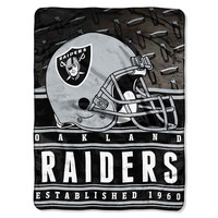 Oakland Raiders NFL Silk Touch Throw (Stacked Series) (60inx80in)